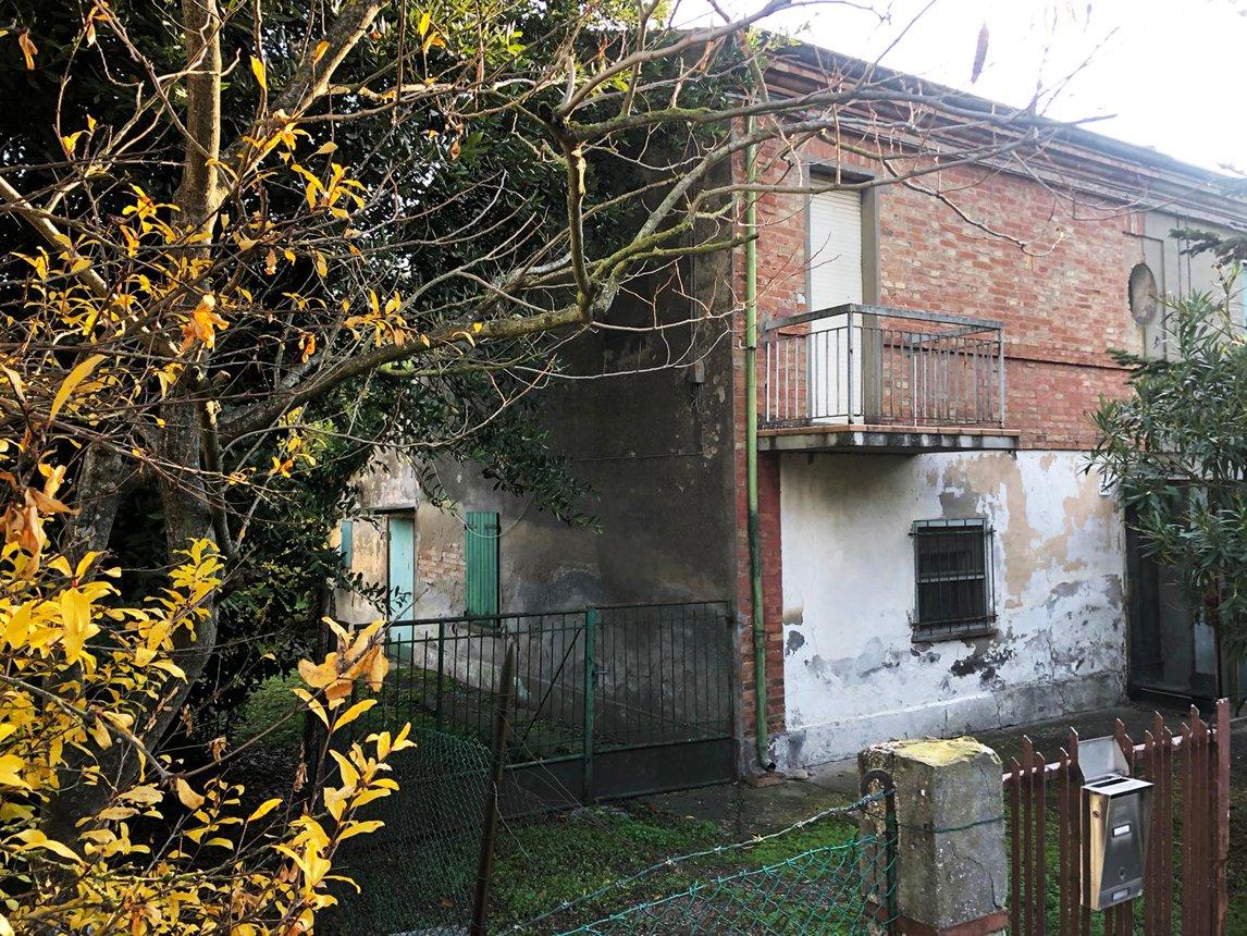 Savio di Cervia, Casa abbinata da ristrutturare