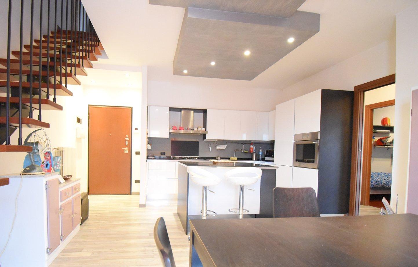 Gambettola centrale, appartamento su due livelli